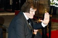"Richard Kiel, who played Jaws in the film Moonraker arrives for the World Premiere of the latest Bond film ""Die Another Day"" in London's Royal Albert Hall in this file photo from November 18, 2002.  REUTERS/Kieran Doherty/Files"
