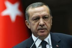 رجب طيب اردوغان يتحدث إلى اعضاء حزبه في البرلمان يوم 20 مايو ايار 2014. رويترز