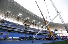 Obras de reforma no Estádio Olímpico João Havelagne, que será palco das provas de atletismo dos Jogos de 2016. 06/08/2014 REUTERS/Sergio Moraes