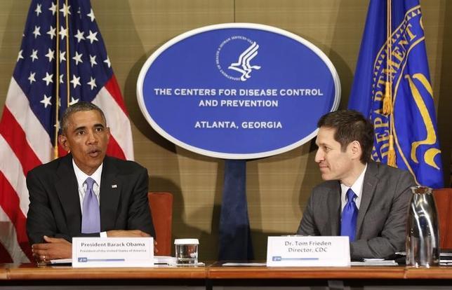 9月16日、オバマ米大統領は、西アフリカで拡大しているエボラ出血熱は世界に安全保障上の脅威をもたらす可能性があるとし、3000人の軍展開を含む支援拡大を表明した(2014年 ロイター/Larry Downing)