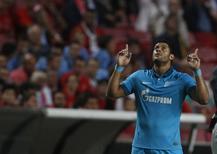 Hulk comemora gol marcado pelo Zenit contra o Benfica na Liga dos Campeões em Lisboa. 16/09/2014 REUTERS/Rafael Marchante