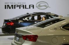 General Motors rappelle plus de 200.000 véhicules, notamment des Chevrolet Impala des années 2014 à 2015, en raison d'un défaut du frein à main. /Photo d'archives/REUTERS/Gary Cameron