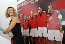 Spain's new Davis Cup captain, former women's Tour player Gala Leon poses for photographers after attending a news conference in the Andalusian capital of Seville September 23, 2014. REUTERS/Marcelo del Pozo