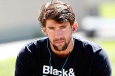 Michael Phelps, em foto de arquivo, aguarda sua bateria em campeonato de natação em Santa Clara, no EUA. 22/06/2014 REUTERS/Bob Stanton/USA TODAY Sports