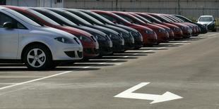 Les ventes d'automobiles neuves ont augmenté de 26,2% en Espagne en septembre, par rapport à septembre 2013, soit leur 13e mois consécutif de hausse, selon la fédération professionnelle Anfac. /Photo d'archives/REUTERS/Gustau Nacarino