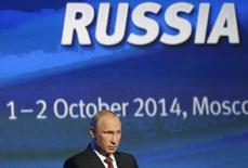 Presidente russo, Vladimir Putin, durante fórum de investimento em Moscou. 02/10/2014 REUTERS/Maxim Shemetov