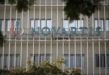 La Commission européenne a autorisé vendredi le rachat de la division santé animale de Novartis par l'américain Eli Lilly pour 5,4 milliards de dollars (4,3 milliards d'euros). /Photo prise le 6 évrier  2014/REUTERS/Danish Siddiqui
