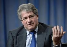 Leon Black, Chairman and CEO Apollo Global Management, LLC, takes part in Private Equity: Rebalancing Risk session during the 2014 Milken Institute Global Conference in Beverly Hills, California April 29, 2014.  REUTERS/Kevork Djansezian