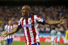 Miranda comemora gol do Atlético de Madri contra o Eibar, em 30 de agosto.  REUTERS/Andrea Comas