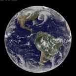 Imagen de archivo de la Tierra vista desde un satélite, mar 31 2014. Científicos de todo el mundo se reunieron esta semana para decidir si poner fin a la época del Holoceno después de 11.700 años y comenzar una nueva era geológica llamada Antropoceno, a fin de reflejar el profundo impacto de la humanidad en el planeta.    REUTERS/NASA/Handout via Reuters IMAGEN DE TERCEROS, SOLO PARA USO EDITORIAL