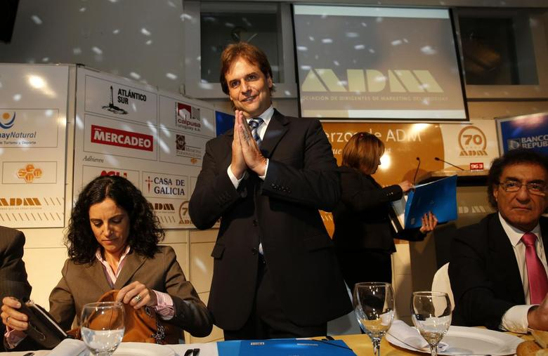 Uruguayan National Party presidential candidate Luis Lacalle Pou gestures during a meeting with businessmen in Montevideo October 8, 2014.  REUTERS/Andres Stapff