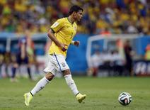 Thiago Silva, durante partida contra a Holanda na Copa do Mundo, em Brasília. 12/7/2014 REUTERS/Ueslei Marcelino