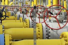 Selon Alexeï Miller, patron de la compagnie gazière russe Gazprom, la Russie pourrait reprendre ses livraisons de gaz à l'Ukraine dès la semaine prochaine si les engagements financiers ukrainiens sont remplis. /Photo prise le 12 septembre 2014/REUTERS/Wojciech Kardas/Agencja Gazeta