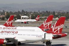 Virgin America, compagnie aérienne à bas coûts fondée par Richard Branson, espère lever jusqu'à 320 millions de dollars (256 millions d'euros) à l'occasion de son entrée sur le Nasdaq. /Photo d'archives/REUTERS/David McNew