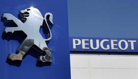 Altran va créer un centre de recherche et développement au Maroc pour le compte de PSA Peugeot Citroën dans le cadre de la stratégie d'économies du constructeur automobile. /Photo d'archives/REUTERS/Vincent Kessler