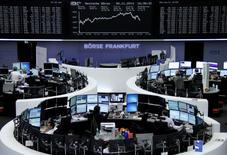 Les Bourses européennes ont terminé mercredi en forte hausse après deux séances consécutives de baisse, confortées par la progression de Wall Street après la victoire des Républicains aux élections américaines de mi-mandat et l'annonce d'un nombre de créations d'emplois dans le secteur privé supérieur aux attentes. /Photo prise le 5 novembre 2014/REUTERS/Remote