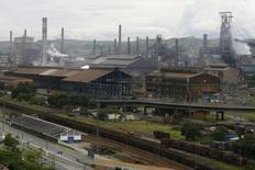 Vista aérea de instalações da CSN em Volta Redonda. 16/01/2009 REUTERS/Fernando Soutello
