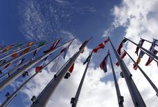 La Commission européenne a reporté à mars son jugement sur les projets de budget pour 2015 présentés par plusieurs pays de la zone euro, dont la France. /Photo d'archives/REUTERS/Vincent Kessler