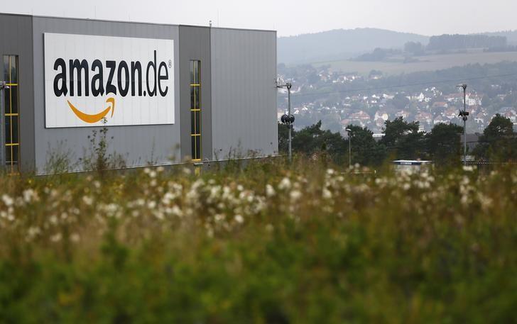 General view of the Amazon.de distribution centre in Bad Hersfeld September 22, 2014.  REUTERS/Kai Pfaffenbach