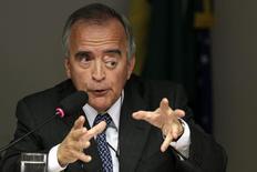 Ex-diretor da Petrobras, Nestor Cerveró, durante audiência no Congresso, em Brasília. 16/04/2014. REUTERS/Ueslei Marcelino