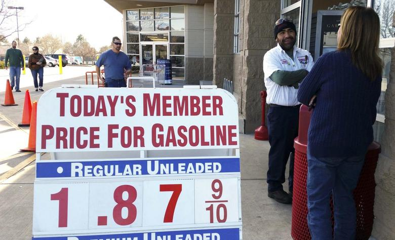 The price sign outside the Costco in Westminster, Colorado shows gas selling for below $1.90 for the first time in years December 20, 2014. REUTERS/Rick Wilking