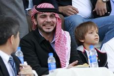 Príncipe da Jordânia Ali bin Al-Hussein em partida da Jordânia contra o Japão pelas eliminatórias da Copa do Mundo de 2014, em Amã. 26/03/2013 REUTERS/Muhammad Hamed