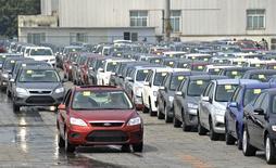 Ford et ses coentreprises chinoises ont vendu 1,1 million de véhicules en Chine en 2014, un chiffre en augmentation de 19% par rapport à l'année précédente. /Photo d'archives/REUTERS