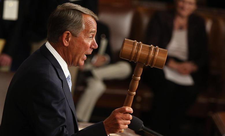 Speaker of the House John Boehner wields the gavel for the first time after being re-elected as the Speaker of the House of Representatives at the start of the 114th Congress at the U.S. Capitol in Washington January 6, 2015. REUTERS/Jim Bourg