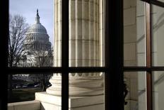 Vista geral do Capitólio a partir da Sala Russell, do Senado, em Washington, em fevereiro. 25/02/2013 REUTERS/Jonathan Ernst