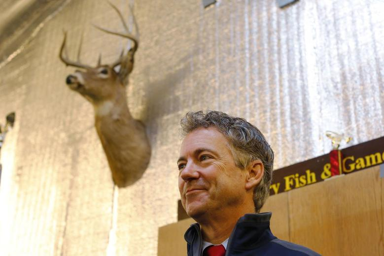 U.S. Senator Rand Paul (R-KY), a 2016 Republican White House hopeful, waits for members of the news media to leave the room before speaking at the Londonderry Fish and Game Club in Litchfield, New Hampshire January 14, 2015.     REUTERS/Brian Snyder