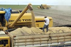 REUTERS/Paulo Whitaker (BRAZIL - Tags: AGRICULTURE BUSINESS COMMODITIES) - RTR3DH8S