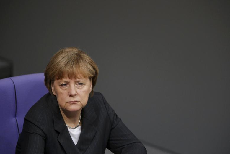 German Chancellor Angela Merkel attends a session of the lower house of parliament Bundestag in Berlin, January 15, 2015.    REUTERS/Fabrizio Bensch