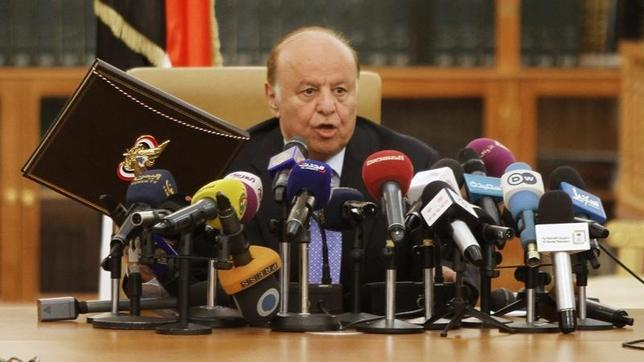 File photo of Yemen's President Abd-Rabbu Mansour Hadi taken in Sanaa September 21, 2014. REUTERS/Mohamed al-Sayaghi/Files