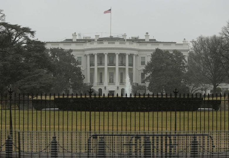 The South Lawn of the White House is pictured in Washington January 26, 2015. The U.S. Secret Service recovered a small drone known as a ''quad copter'' on the south east grounds of the White House early on Monday, but there was no immediate danger from the incident, the White House said. REUTERS/Gary Cameron