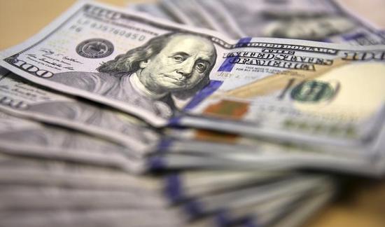 海外で稼ぐ米企業さえない決算、ドル高の圧迫鮮明に
