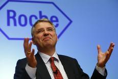 Severin Schwan, CEO de Roche, durante una conferencia de prensa anual en Basilea, 28 enero, 2015.  Roche pronosticó que las ventas y ganancias crecerán en el 2015 al mismo ritmo que en el 2014 luego de que la farmacéutica suiza reportó unas utilidades anuales que incumplieron las expectativas. REUTERS/Arnd Wiegmann