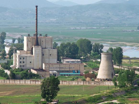 A North Korean nuclear plant is seen in Yongbyon, in this photo taken June 27, 2008 and released by Kyodo. REUTERS/Kyodo