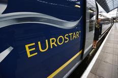 EDF est partie prenante à un consortium candidat à la reprise de la participation de 40% de l'Etat britannique dans Eurostar, la liaison ferroviaire à grande vitesse entre la Grande-Bretagne et le continent européen, selon le quotidien Les Echos. /Photo prise le 13 novembre 2014/REUTERS/Andrew Winning