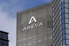 Areva fait état d'un recul de 8% de ses ventes en 2014 et prévoit de passer de nouvelles charges dans ses comptes annuels. /Photo d'archives/REUTERS/Charles Platiau