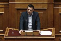Primeiro Ministro grego Alexis Tsipras durante sessão no Parlamento, em Atenas. 10/02/2015 REUTERS/Alkis Konstantinidis