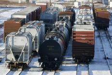 Rail cars sit in the CN MacMillan Yard in Toronto February 10, 2007. REUTERS/J.P. Moczulski