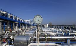 Датчик давления на территории газового хранилища венгерской госкомпании MVM. Жана, 3 ноября 2014 года. Президенты России и Венгрии Владимир Путин и Виктор Орбан обсудят на переговорах 17 февраля в Будапеште возможные совместные проекты в сфере транспортировки российского газа, сказал представитель Кремля. REUTERS/Laszlo Balogh