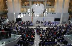 Vista da Câmara dos Deputados da Alemanha durante sessão em Berlim. 07/11/2014 REUTERS/Fabrizio Bensch