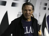 """Imagen de archivo del actor Leonard Nimoy a su llegada al estreno de la edición en DVD y Blu-Ray del filme """"Star Trek Into Darkness"""" en Los Angeles, sep 10 2013. Leonard Nimoy, el actor que interpretaba al Señor Spock en la serie de televisión """"Viaje a las Estrellas"""", murió el viernes a los 83 años, según el diario New York Times.    REUTERS/Mario Anzuoni"""