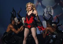 Madonna em apresentação no Grammy, em Los Angeles. 08/02/2015 REUTERS/Lucy Nicholson