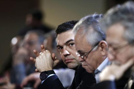 ギリシャ懸念払しょくに躍起、公的機関から借り入れも視野か