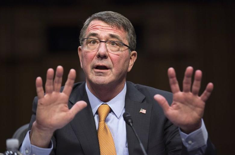 U.S. Defense Secretary Ash Carter testifies before a Senate Armed Services Committee hearing in review of the Defense Authorization Request for Fiscal Year 2016 on Capitol Hill in Washington March 3, 2015.REUTERS/Joshua Roberts
