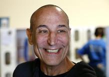 """Foto de archivo: El magnate de Hollywood y uno de los creadores de la exitosa serie animada de Fox """"Los Simpson"""", Sam Simon, falleció a los 59 años tras una larga batalla contra el cáncer de colon, dijo el lunes su agente. Fotografía tomada el 19 de agosto, 2014. REUTERS/Mike Blake"""