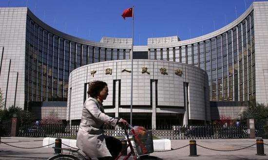 中国人民銀は穏健な金融政策維持へ、2月新規融資は予想上回る
