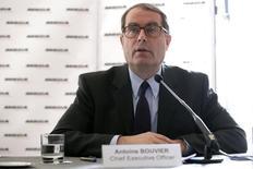 Antoine Bouvier, PDG de MBDA. Le constructeur européen de missiles vise une remontée de son chiffre d'affaires en 2015, grâce à ses prises de commandes accumulées au cours des deux dernières années. /Photo d'archives/REUTERS/Jacky Naegelen